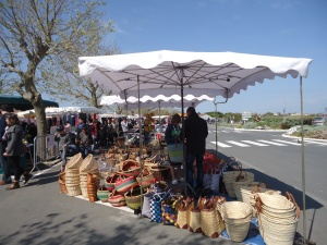 Market At Ars En Ré
